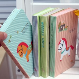 韩国文具旋转木马硬抄本 60K日记本 记事本 112张(中号)LB60K12-0197 绿色