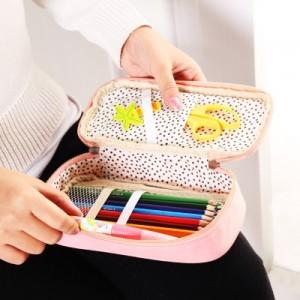 时尚多功能圆点长颈鹿便携收纳包 女士化妆包 笔袋 粉红蓝色长颈鹿