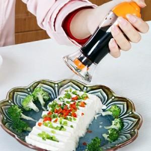 厨房防漏油壶喷壶 醋酱油瓶 保鲜调味瓶调料罐 红色