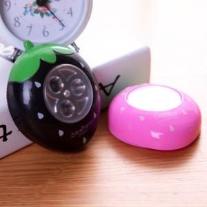 创意时尚灯饰发光小夜灯草莓LED拍拍灯(1033A) 黑色