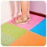 多彩大脚丫爱心隔水地垫 自由拼接浴室防滑垫 可裁剪卫生间淋浴垫 粉色