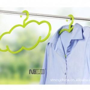 纳川 云朵晾衣架 防滑衣架(5个装)A0170-B 绿色
