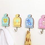超强粘性家具墙壁实用多功能卡通彩绘鸟笼挂钩粘钩(颜色混发)209A