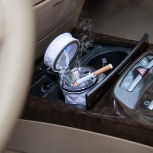 高档车载烟灰缸 创意可挂式带LED灯车用烟灰缸 白色