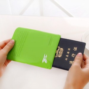 糖果色漆皮多功能休闲旅行护照证件便携 短款单开卡包 大红
