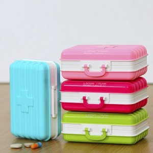 行李箱式多格分装便携药盒 精致小巧放药物盒子 RB260 粉色