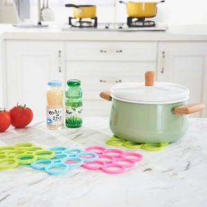 糖果色方形圆圈PVC隔热垫 厨房防烫锅垫餐垫碗杯垫 粉色