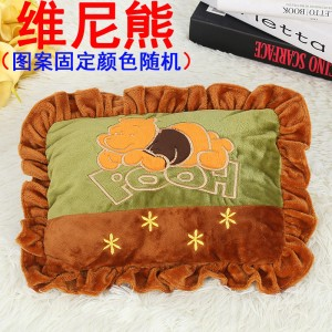 新款电热水袋 防爆卡通充电暖手宝  绣花抱枕混色   维尼熊
