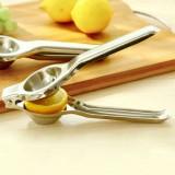 不锈钢手动榨汁机柠檬夹子 迷你橙汁器